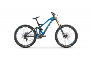 2017 Downhill bicykel Mondraker Summum Carbon Pro Team